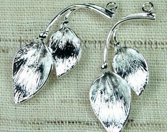 Silver Calla Lily Flower Charm Pendant - 4pcs