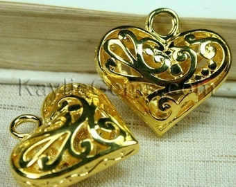 2 pcs Large 3-D 30mm Gold Lacy Floral Filigree Heart  Charm Pendants