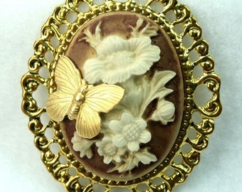 Butterfly Flower Cameo Pendant  Antique Gold Frame Brooch Base