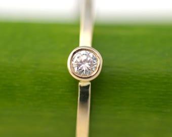 Simple Diamond Facets