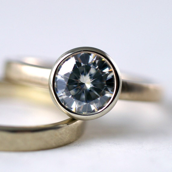 Items similar to Moissanite 1 5 Carat Modern Engagement Ring In 14k Gold on Etsy