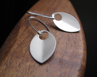 silver dangle earrings. sterling silver earrings. anodized aluminum jewelry. made in Canada