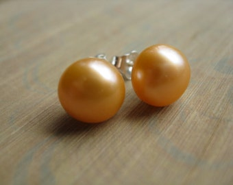 peach pearl studs. orange jewellery. post earrings.