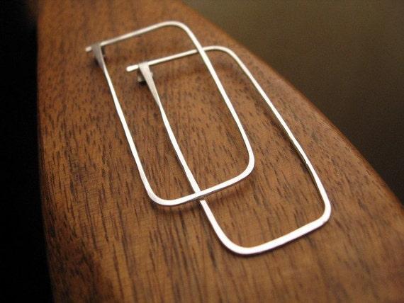 rectangle hoops in sterling silver. sterling silver hoops. hoop earrings. geometric earring. splurge.