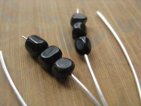 sterling silver earrings in black agate. black stone earrings. sterling silver earrings. splurge.