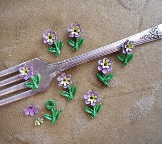 Vintage enamel, bead stem/flower, lilac, yellow, Lot of 4 sets