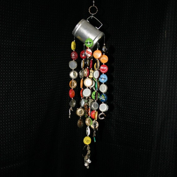 Bottle cap wind chime recycled materials for Wind chimes from recycled materials