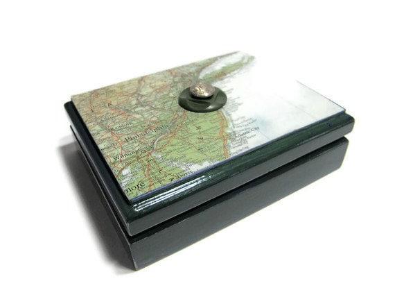 SALE -- Keepsake Box, Jewelry Box