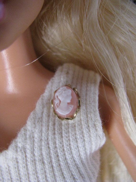 Angel Skin and Gold Cameo Brooch Pin  Doll Jewelry Barbie Fashion Royalty Blythe Tonner