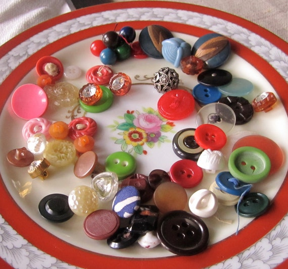 Colorful Buttons - 60 Vintage assorted Buttons from the 20th Century, plastic, glass, fabric, celluloid, rhinestones, metal, wood