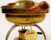 Vintage Everlast Solid Brass and Walnut Chafing Dish