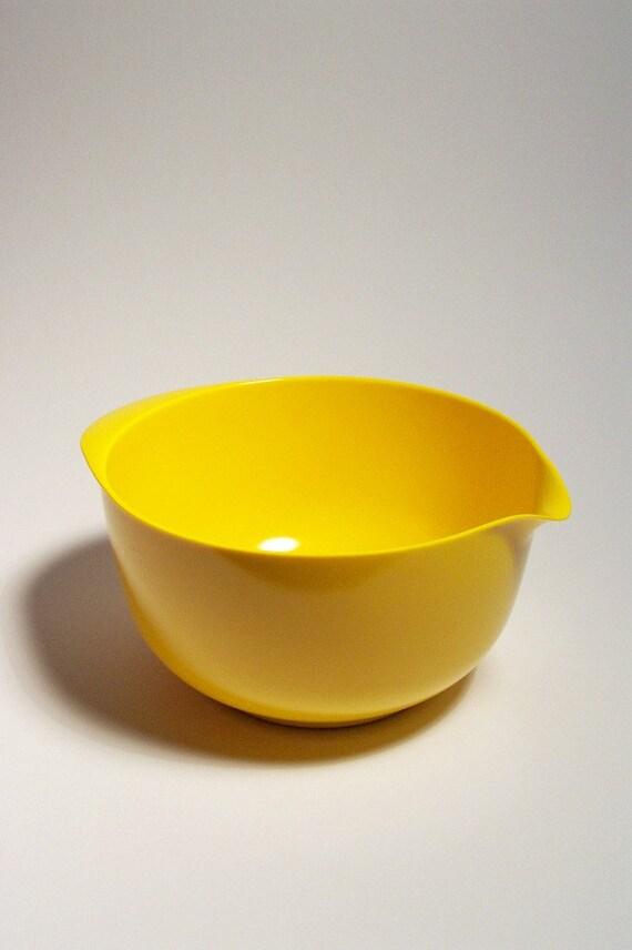 Vintage Rosti of Denmark Melamine Yellow 4 Liter Mixing Bowl