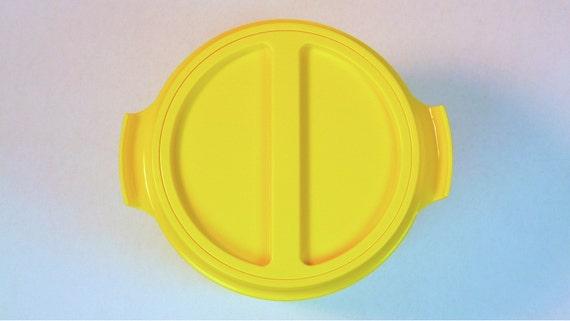 Mod Yellow Plastic Ice Bucket 1960's Barware