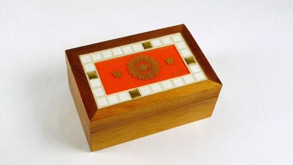 Mid-Century Georges Briard Wood and GlassTile Box