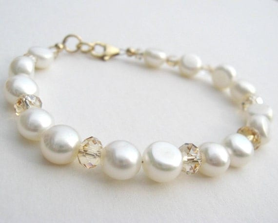 SMALL White Button Pearl and Crystal Bracelet