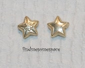 10mm Gold Base Metal 2 sided puff star beads - 8 inch strand