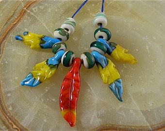 Lampwork Parrot Feather Bead Set: A Riot of Color
