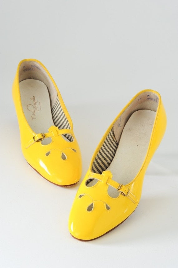 Mod Yellow Miss Pappagallo Mary Jane Flats