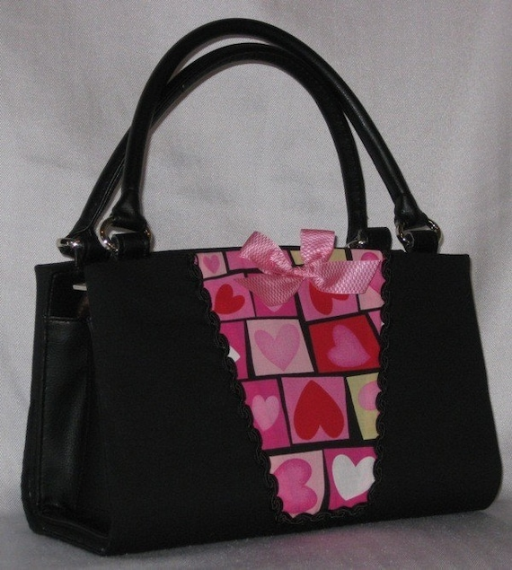 Magnetic Bag Shell Cover - Valentine Hearts - FREE SHIPPING WITHIN THE CONTINENTAL U.S. and CANADA
