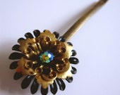 Flower bobby pin no.10
