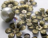 Adjustable Antique Brass, nickel free 6-petal Flower Bead Cap, 16mm- 50 pcs
