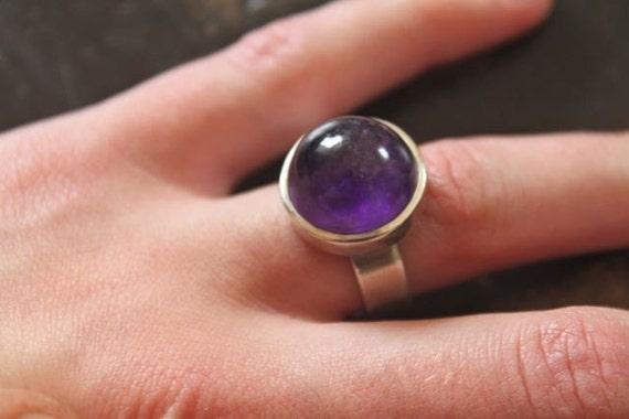 half orb amethyst ring