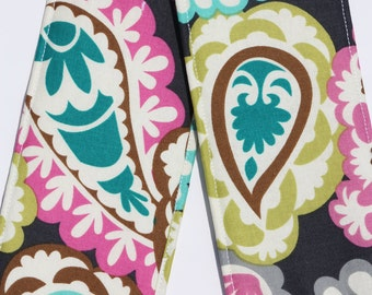 Camera Strap Cover with lens cap pocket and padding included - Pretty Paisley