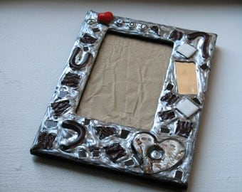 SALE - I Heart You Picture Frame (holds a 4 x 6 photograph)