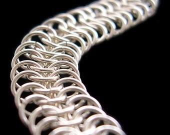 Slinky Silver Chainmail Bracelet - Euro 6-in-1 Pattern