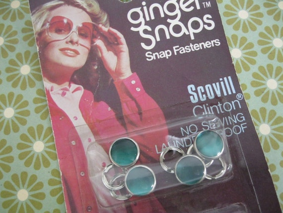 Vintage Ginger Snaps Green Pearlized Western Fasteners NIP