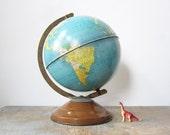 sale / vintage 50s world globe tin metal replogle