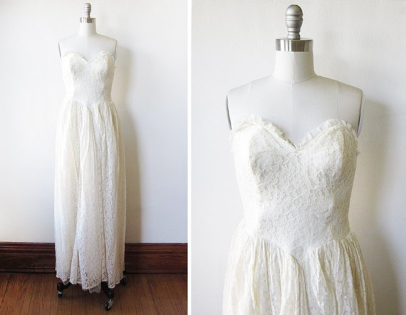 50s lace wedding dress / 1950s wedding dress / white lace dress