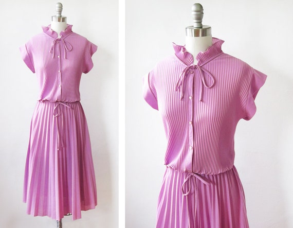 1970s pleated dress / vintage 70s orchid purple day dress / accordion pleated dress