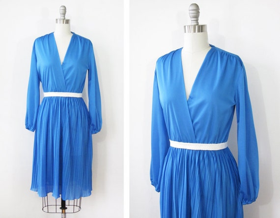 vintage blue wrap dress / 70s disco dress / blue party dress with accordion pleated skirt