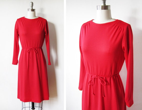 1970s red dress / red long sleeve dress / vintage 70s red knit day dress /
