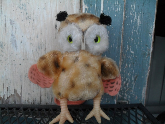 Wonderful Vintage Stuffed Owl Made in Japan