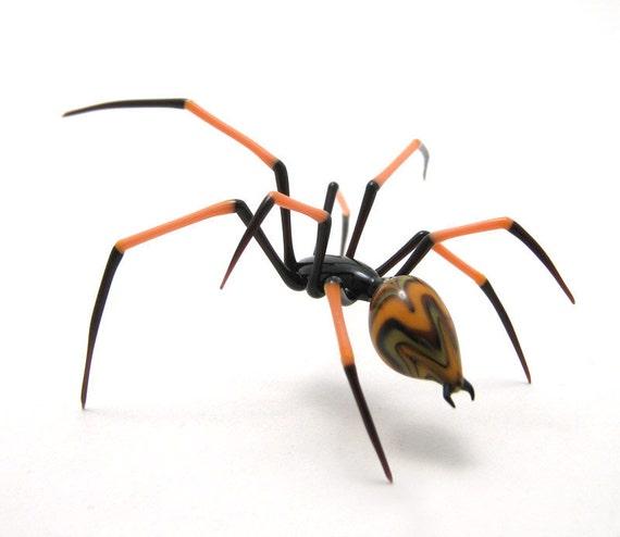 Peachy Keen Spider - lampwork glass spider figurine