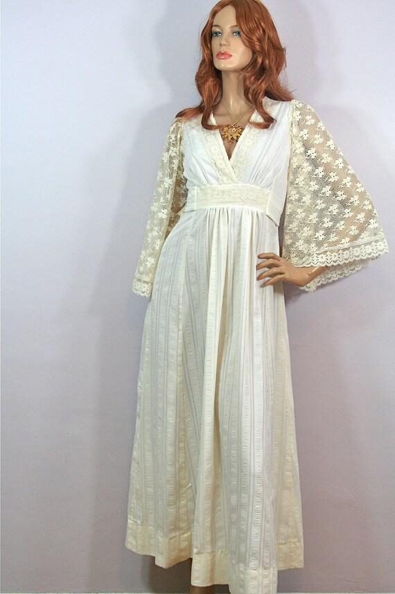 1970s Lace Creamy White Angel Sleeve Empire Festival Hippie Wedding MAXI Dress S