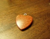 Vintage Gold Stone Red Heart Pendant - NICE & SPARKLY