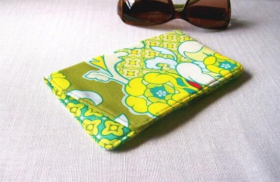 Blue Sunshine Sunglasses Case