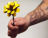 Yellow Flower Boho Chic Gypsy Metal Rose Long Stem Barbed Wire 3d Rustic Distressed Decor