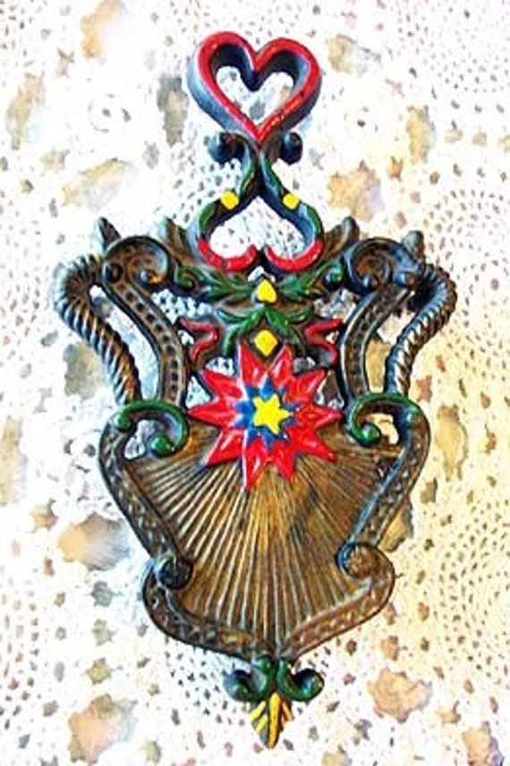 Antique Cast Iron TRIVET Hand Painted Hearts and Starburst Large