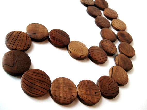 Wood Beads, Flat Round, Brown Dyed 10 pces  (PB205)