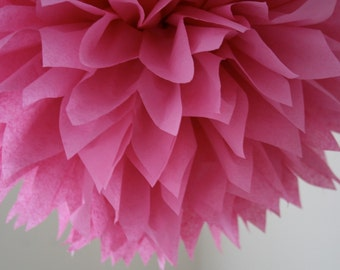MAGENTA tissue paper pompom / wedding bridal shower decorations / girl first birthday party poms valentines day decorations / pompoms