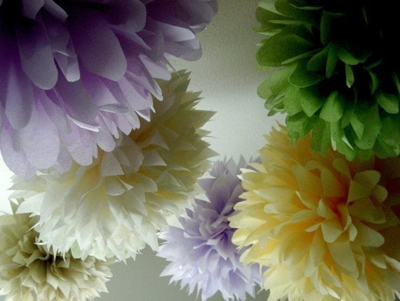 SPRING ...10 tissue paper poms // wedding decorations // pastels // diy // engagement party // baby shower // birthday party