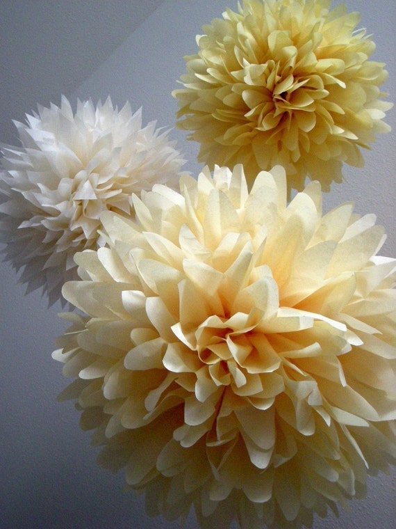VANILLA / 3 tissue paper pom poms / diy / wedding decorations / champagne / baby shower / party decorations / neutral decorations / ivory