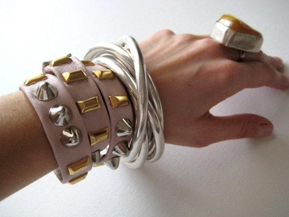 34 34 nude twistee bracelet