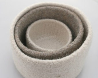 OATMEAL AND WINTER WHITE  FELTED NESTING BOWLS