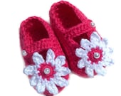 Baby Booties, Baby Shoes, Crocheted, Raspberry Pink, Mary Jane Shoes Booties 3 - 6 Months  Bright Pink with White Daisy