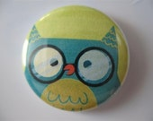 Owl with glasses 1 inch pinback button / magnet